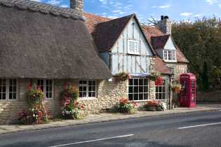 http://www.a1tourism.com/uk/images/thetalkhouse5.jpg